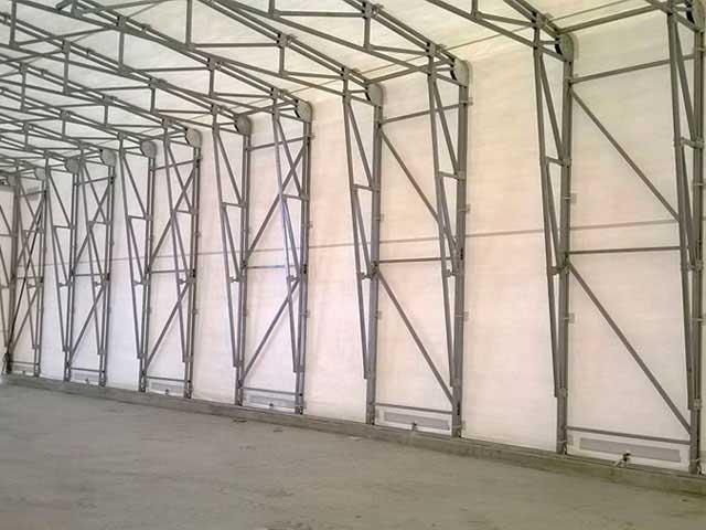 capannone retrattile vista interna struttura in acciaio zincato