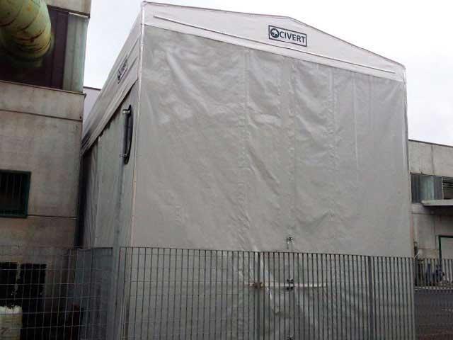vista frontale capannone con rivestimento in telo PVC