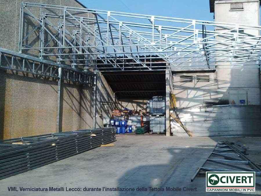 VML - durante l'installazione della tettoia mobile Civert
