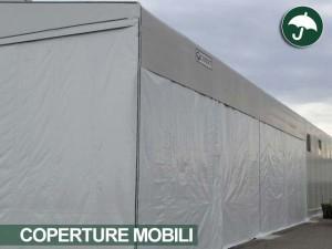 copertura mobile laterale in pvc a Novara