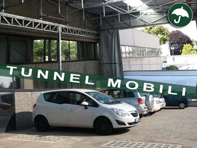 Tunnel in pvc Civert per un parcheggio