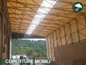 coperture laterali pvc settore logistico