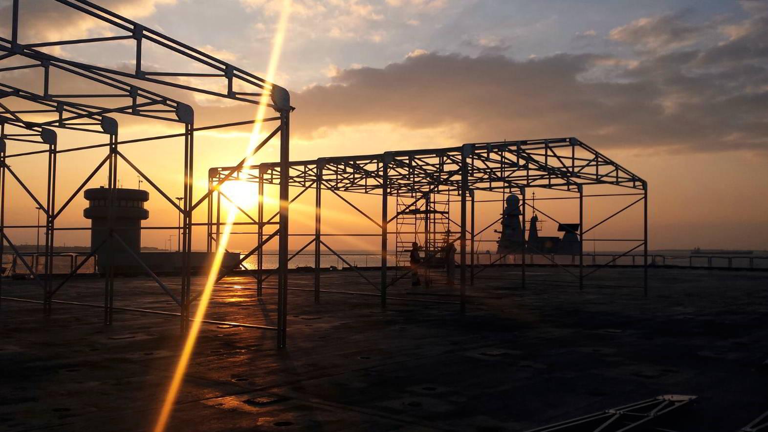 Telaio di un capannone mobile in costruzione