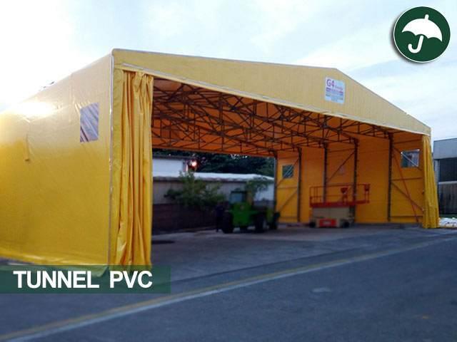 Un capannone mobile industriale su ruote in pvc