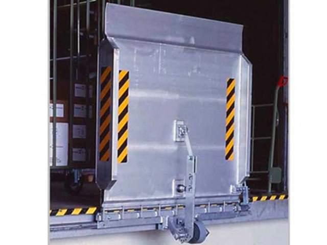 rampa leggera per pedana di carico scarico a filo banchina