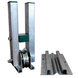 Sistema anti deragliamento dei capannoni mobili